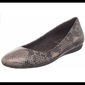 Rockport Snake Print Faye Leather Flats